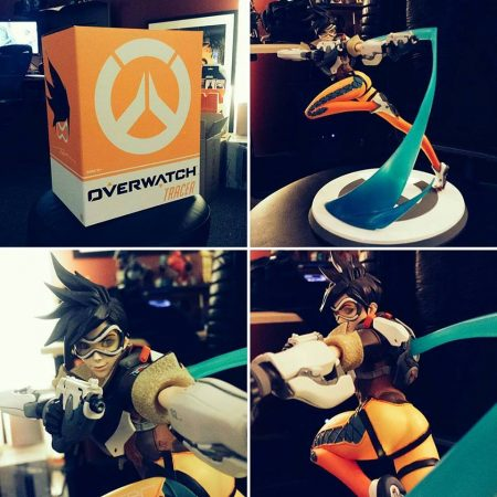 Tracer Statue preview 2